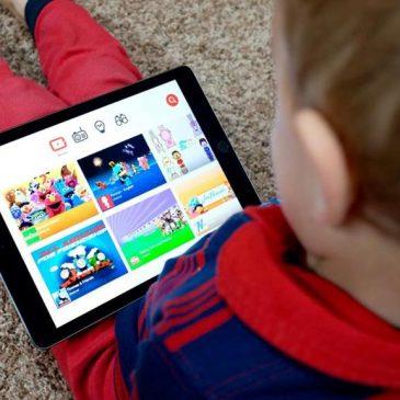 Des milliers d'apps collectent les données des enfants